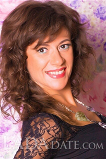 Hot girl Ukraine nataliya from kharkov with Dark Brown hair age 42