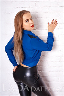 Hot Ukrainian brides natalia from kharkov with Blonde hair age 24