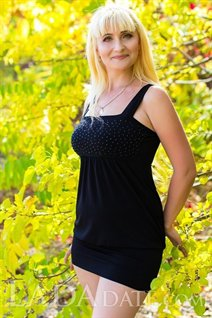 Hot ukrainian larisa from nikolaev with Blonde hair age 45