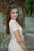Hot mail order bride darina from dnepr with Dark Brown hair age 25