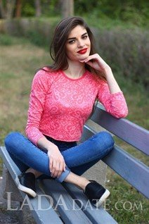 International bride angelika from nikolaev with Black hair age 21