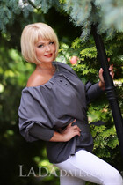 Beautiful women ukraine lyudmila from kharkov with Blonde hair age 58