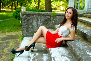 Dating women from ukraine irina from odessa with Black hair age 32