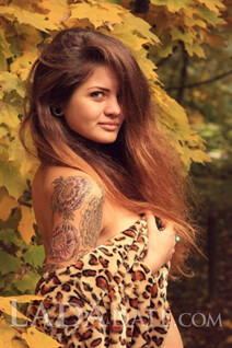 Date hot russian girl yuliya from kiev with Light Brown hair age 23