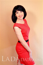 Dating Ukraine woman marina from chuguev with Black hair age 48