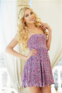 Mail brides from kherson marina with Blonde hair age 30