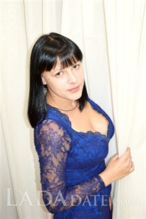 Girl in Ukraine irina from avdeevka with Black hair age 29