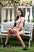 A russian bride victoria from kiev with Dark Brown hair age 30