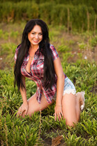Date ukrainian girl natalia from kharkov with Black hair age 43