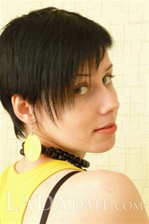 kherson brides ekaterina with Black hair age 29