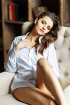 Russian women online inna from kiev with Dark Brown hair age 31
