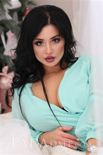 Russian women to date olga from kharkov with Black hair age 24