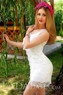 Mail order wives natalia from kirovograd with Light Brown hair age 29