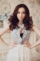Attractive Russian lady veronika from kiev with Light Brown hair age 24