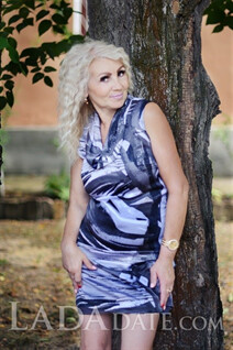 Lady from Ukraine svetlana from nikolaev with Blonde hair age 54