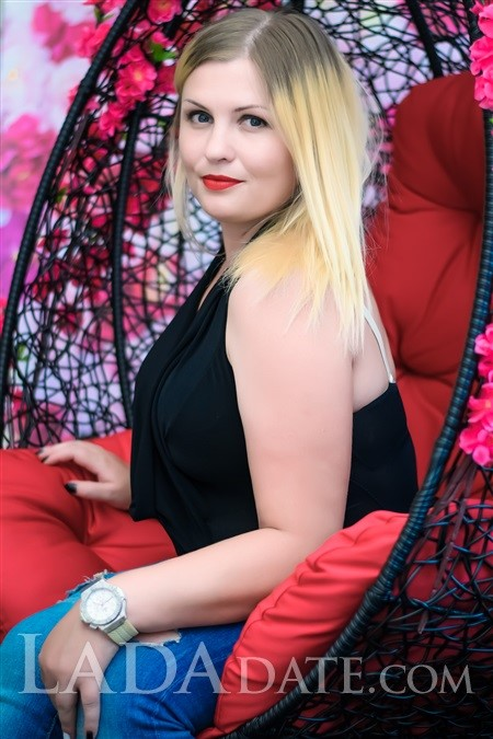 Hot girl Russia anna from nikolaev with Blonde hair age 34