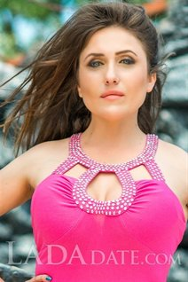 Single Ukraine lady juliya from odessa with Light Brown hair age 31