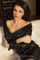 A russian bride tatyana from evpatoria with Black hair age 35