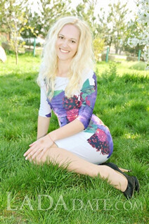 Hot Ukrainian brides victoria from odessa with Blonde hair age 32