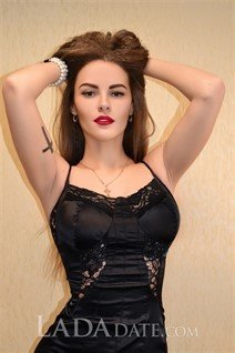 Ukrianian women ksenia from kharkov with Light Brown hair age 26