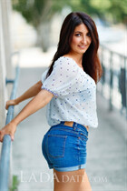 Hot Ukrainian woman oksana from nikolaev with Dark Brown hair age 37