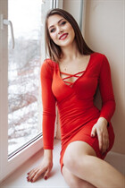 Single women in ukraine maria from mariupol with Light Brown hair age 27