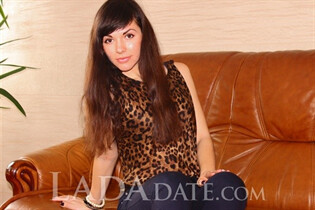 Russian mail order bride catalog viktoria from kiev with Dark Brown hair age 25