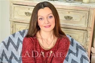 Russian mail order brides lyudmila from poltava with Dark Brown hair age 31