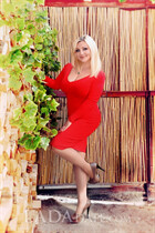 Ukraine women svetlana from kharkov with Blonde hair age 41