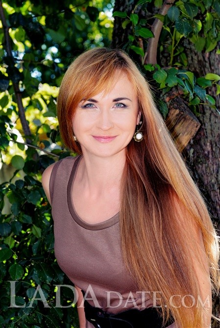 Girl in Ukraine inna from kharkov with Light Brown hair age 31