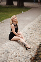Ukrainain women kate from kharkov with Blonde hair age 21