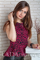Ukrainian girl anastasia from nikolaev with Dark Brown hair age 24
