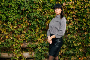 Dating ukrainian girl vika from poltava with Dark Brown hair age 39