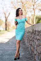 Hot Russian woman natalia from nikolaev with Black hair age 30