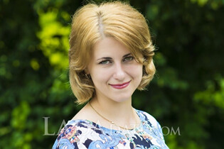Beautiful wife from Ukraine juliya from poltava with Dark Brown hair age 34