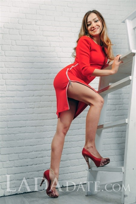 Addresses hot Russian women kristina from mariupol with Auburn hair age 29