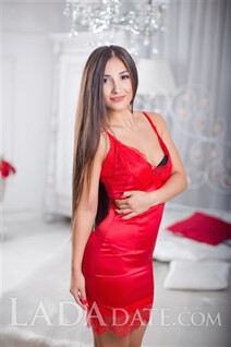 Beautiful dating Russian woman maria from odessa with Dark Brown hair age 22